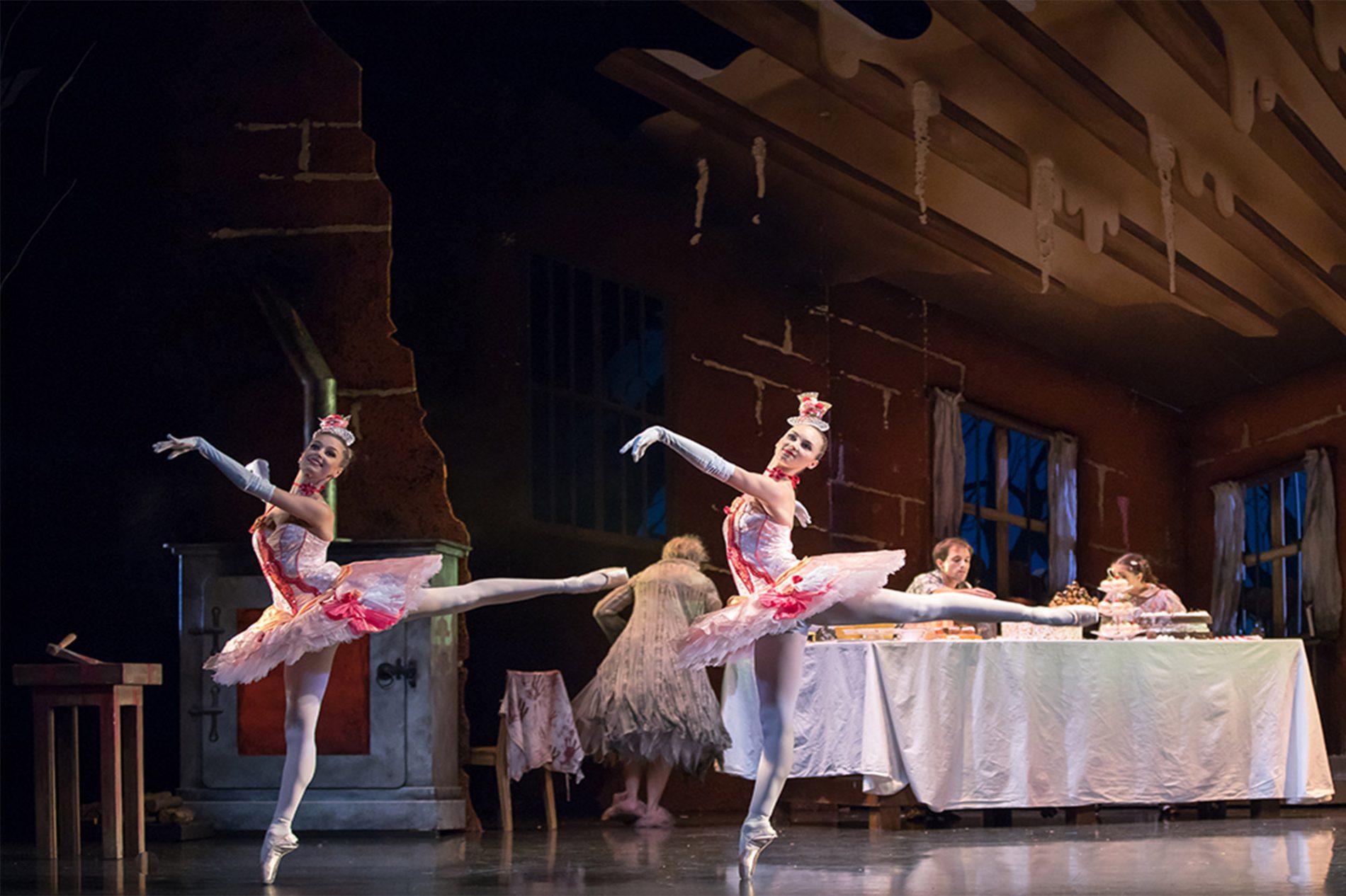 Ballet dancers at the Scottish Ballet